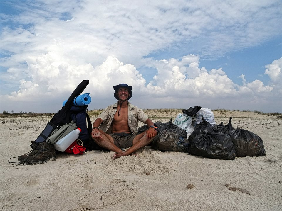 This young Tunisian has set out to defeat waste pollution on Tunisian beaches