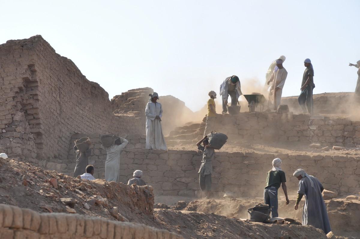 Une découverte archéologique extraordinaire a été réalisée à Saqqarah en Egypte