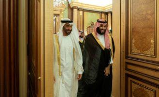 Le prince héritier saoudien Mohammed ben Salmane et le prince héritier d'Abu Dhabi Mohammed ben Zayed à Djeddah en juin 2018 - DR