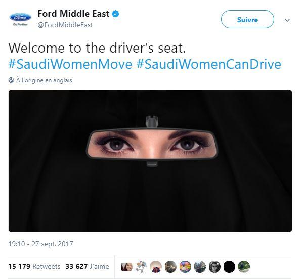 tweet, femme, voile, voiture